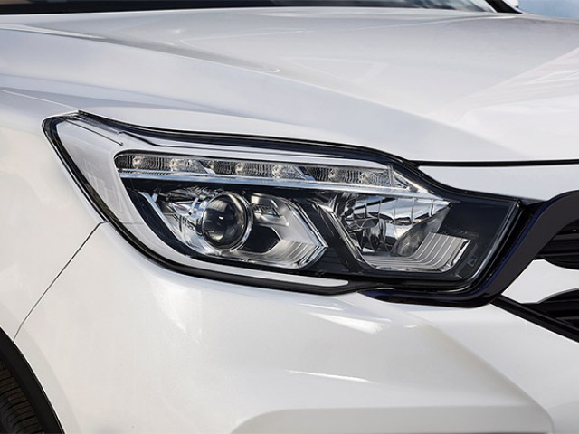 ssangyong musso daytime running lights