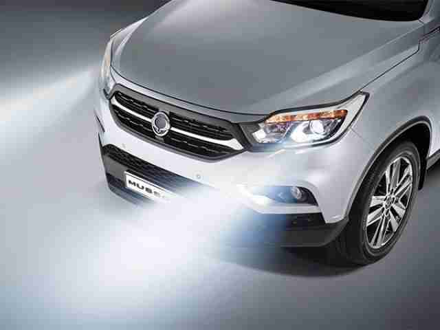 ssangyong musso hid headlights