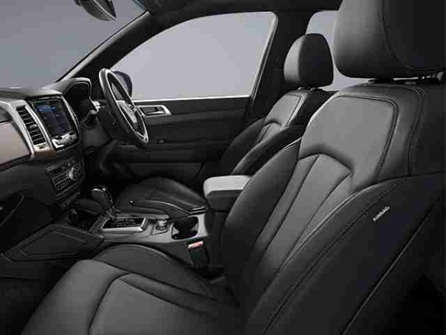 ssangyong musso leather seats