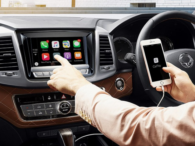 ssangyong rexton apple android