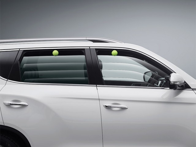 ssangyong rexton power windows